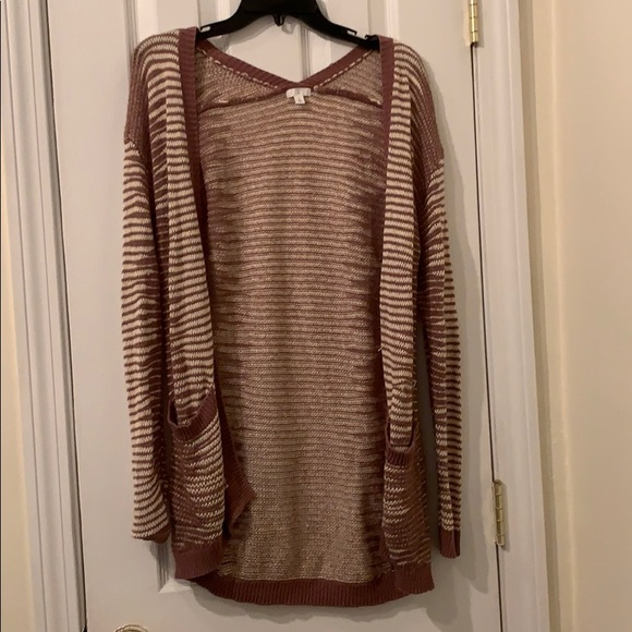 bp Sweaters - BP mauve and white cardigan